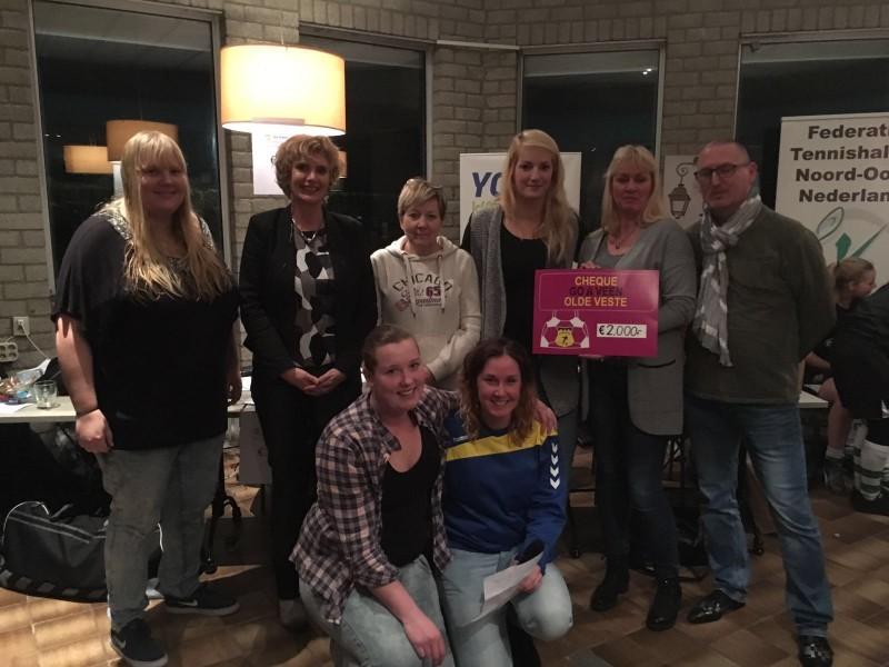 Wolvega en Steenwijkerwold winnaars Vrouwen Futsaltoernooi