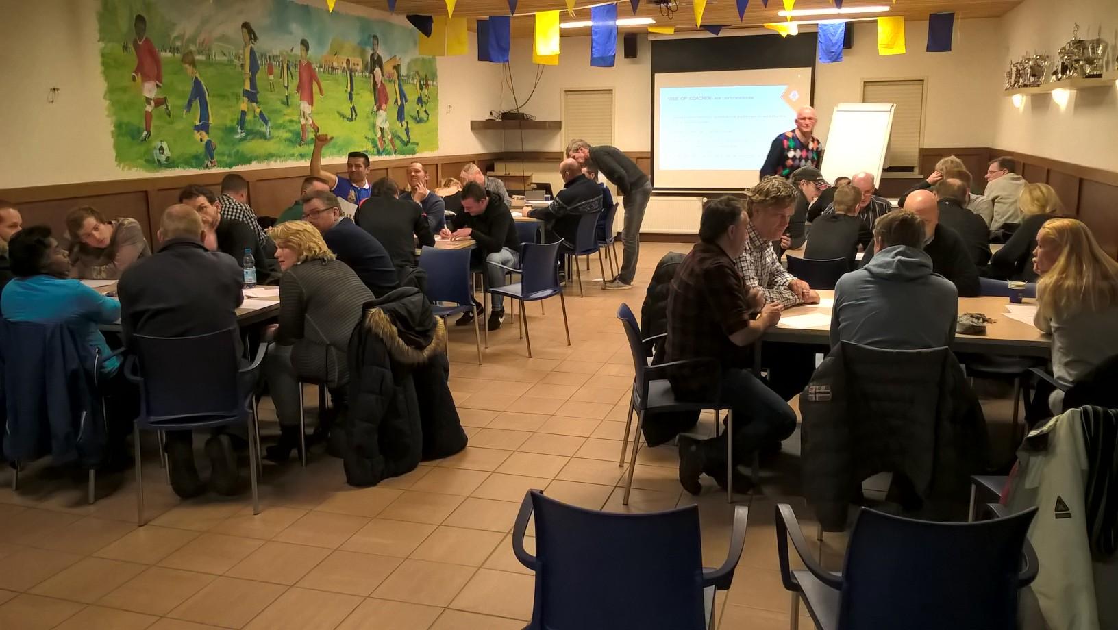 Coachavond KNVB in teken certificeringproces