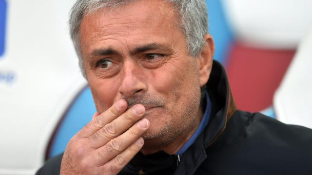 mourinho-kan-chelsea-eigenaar-geen-plek-in-top-vier-garanderen